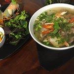 Foto de Lake View Side Restaurant & Cafe