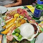 Fotografija – Salumeria/Gastronomia Masaniello
