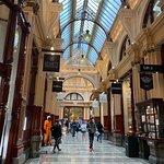 A walk through historic Melbourne