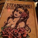 Fotografija – Steampunk Prague Bistro