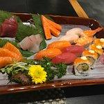 Ảnh về Sushi World Tôn Thất Thiệp
