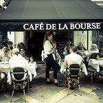 Foto de Café De La Bourse