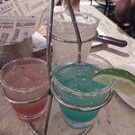 Margarita Trio sabores tradicional, strawberry e curaçau blue.