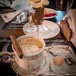 cappuccino e chocolate quente aimee