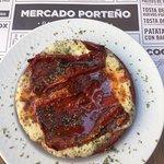 El provolone con pimiento rojo espectacular
