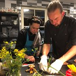Chef Lindqvist en zijn brigade bereiden volop verse en veelal huisgemaakte gerechten.