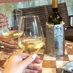 Fotografija – Mediterraneo Wine & Deli