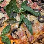 Foto de Pizzería El Charrua