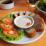 Fried Vietnamese Sausage (70.-)