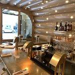 Restaurant la scène (le bar) pour cocktail et collations d'accompagnement