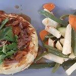 Parmentier canard aux girolles, légumes croquants; vraiment bon