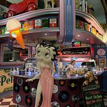 Fotografija – Cruzin' in the 50's Diner