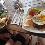 Фотография Koko Bar and Restaurant