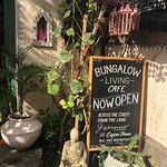 Amazing cafe in homewares street in Changgu. Visited Bungalow Bali and this cafe is down the alley opposite. The Vegan special was amazing as was the hot cakes with blueberries. Service and surroundings are delightful.