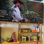 Foto de Juan Valdez Café - Av San Martín
