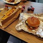 Urban Fresh Burgers & Fries照片