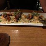 Camarões & polvo, risoto de cogumelos, alho poró