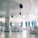 Банкетный зал Кавалли. Вместимость до 110 человек. Отдельный вход