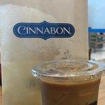 Cinnabon의 사진
