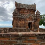 Po Klong Garai Temple