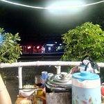 トゥボン川の夜景