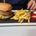 Valokuva: Burgerbar B2
