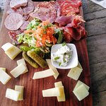 Assiette charcuteries fromages