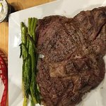 Steak and grilled asparagus