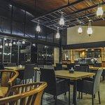 Foto Pelangi Cafe & Resto