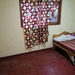 Room upper Diyaluma gest ...one night 1500