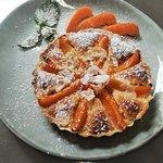 Tarte abricots et pâte d'amande