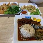 Foto van Pier 21 Food Terminal