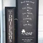 Dhillons Irish Bar & Grill Foto