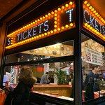 Tickets照片