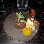 Moelleux au chocolat,glace pistache maison