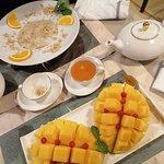 Desserts : L'île tropicale et La mangue fraiche