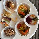 Foto van Up & Above Restaurant And Bar