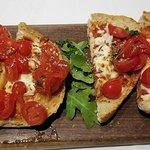Foto de Antica Osteria Italian Eatery Limited