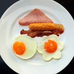 อาหารเช้าแบบนานชาติ