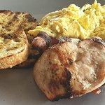 TARGA BYRON BAY sourdough, scrambled eggs with fresh herbs and bacon