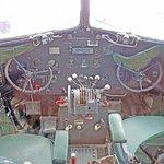 Classy cockpit! I think I trained on something like this.