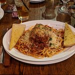 Baked spaghetti and meatball