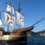 Elaphite Islands Karaka Cruise from Dubrovnik with Buffet Lunch and Snorkeling