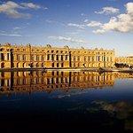 Visite guidée à Versailles et accès prioritaire avec transfert depuis l'hôtel au départ de Paris