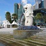 8 horas de día completo Personalice el tour privado de la ciudad de Singapur con guía turístico