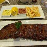 ภาพถ่ายของ Karon Cafe Steakhouse & Thai Cuisine