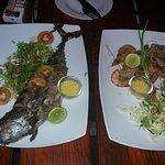 Рыбка и креветки