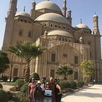 Tour to Giza Pyramids and Egyptian Museum and Citadel and Khan elkhalili