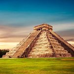 Chichen Itza Premier with Sacred Cenote from Cancun and Mayan Riviera