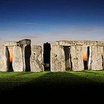 Archaeologist-led Stonehenge, Bath and Avebury Small Group tour from London